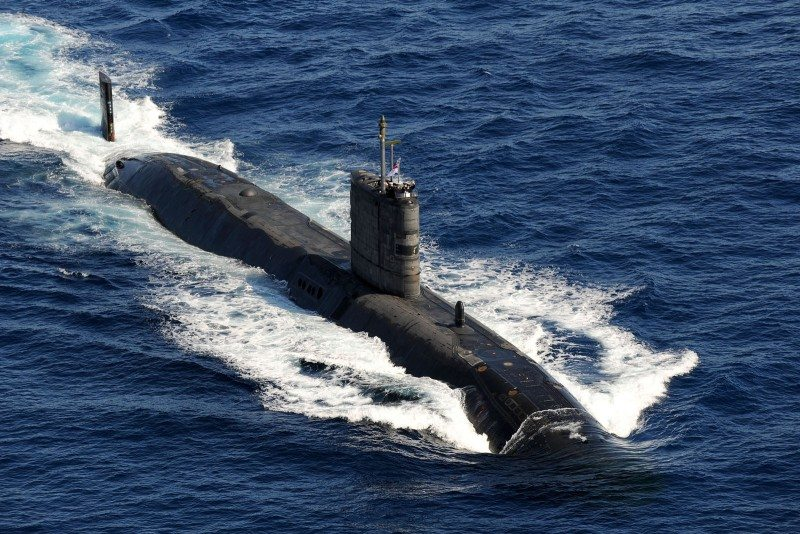 US navy plans to ban smoking in submarines: report
