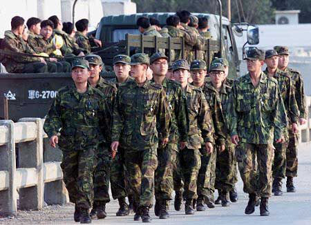 Taiwan military drill stages China att...