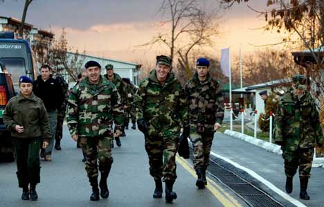 French General Takes Over Key NATO Command
