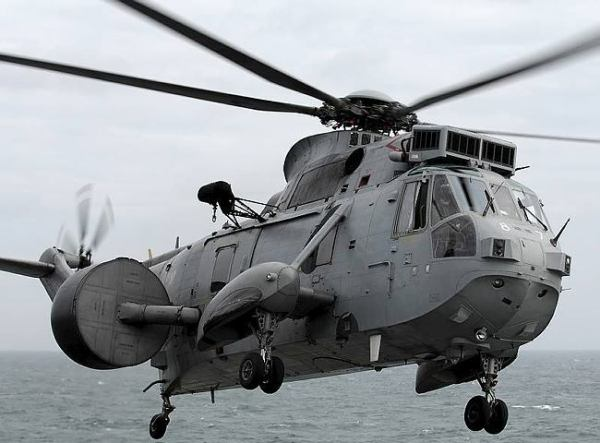 Royal Navy Sea Kings Complete Afghanis...