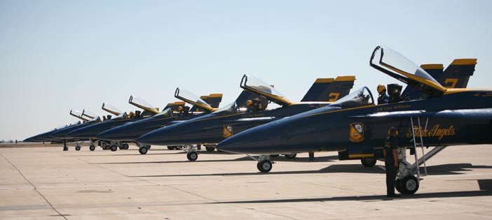Blue Angels to awe crowds at 2009 MCAS Miramar Air Show