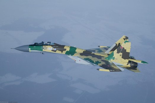 Russian Fighter Jet 10m from Swedish P...