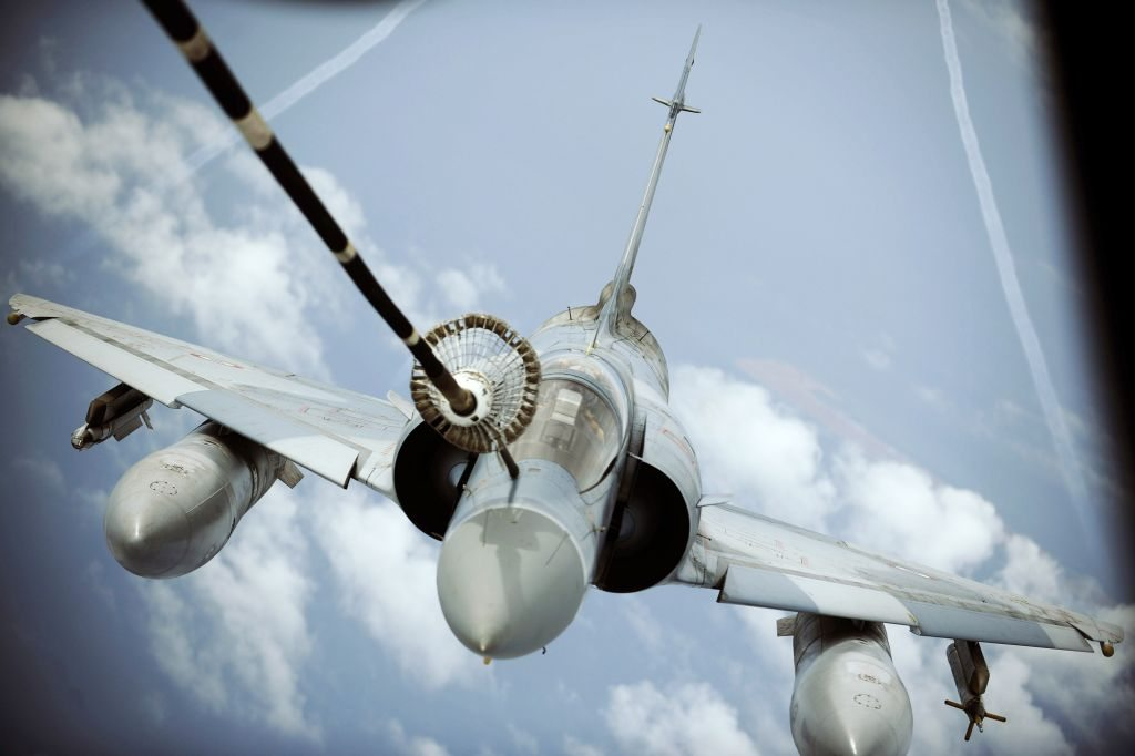 US agrees to refuel French warplanes on Mali mission