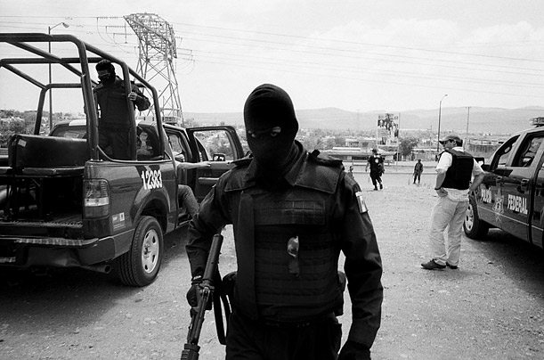 Army role in Mexico drug war questione...