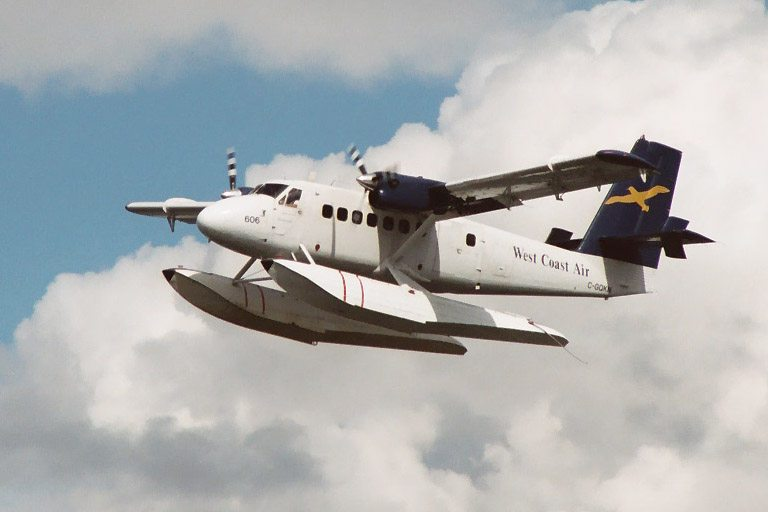 Vietnam Navy Selects Viking Series 400 Twin Otter for First Air Wing