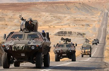 Turkish troops, planes attack Kurds in...