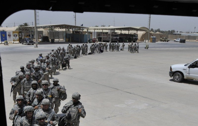 US says would consider staying in Iraq beyond 2011