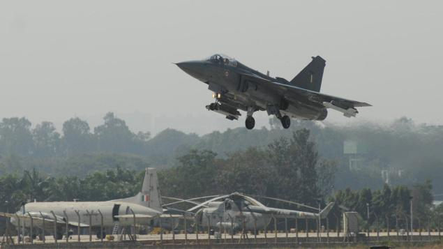 India Drops Kaveri Engine for LCA; Wil...