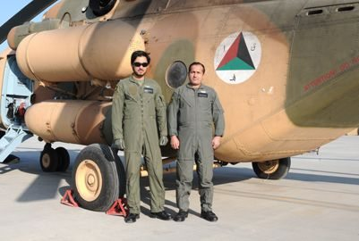 Afghan helicopter pilots begin Mi-17 q...