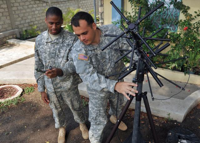 Army provides mobile satellite communi...