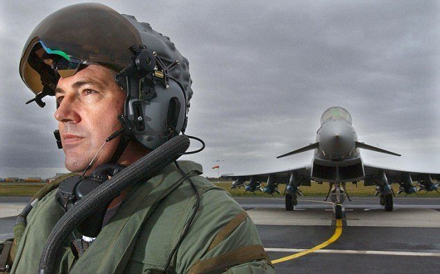 New Helmet Enables Eurofighter Pilots ...