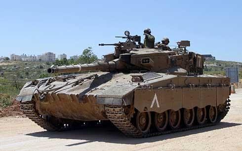 Israeli Army Introduces New 120mm Tank...