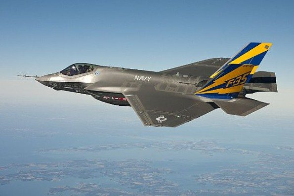 Navy Test Pilot Completes First F-35C ...