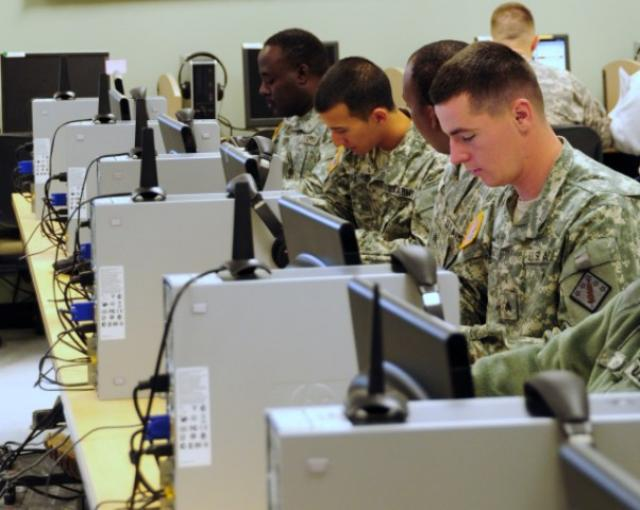 Army Enterprise e-mail moves to the Cl...