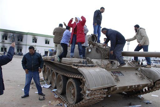Fears over mass spread of Libya weapon...