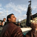 Foreign military advisers head for Libya
