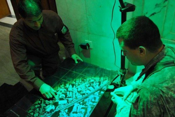 DARPA Completes 3D Holographic Display...