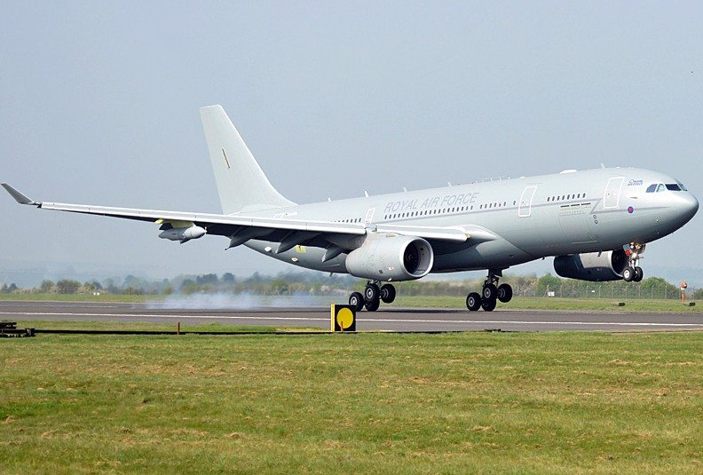 RAF's Largest Ever Aircraft Arrives in...