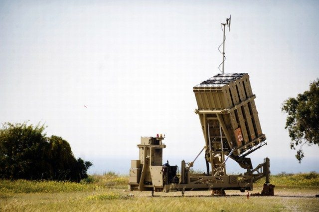 Israel deploys missile system on Egypt...