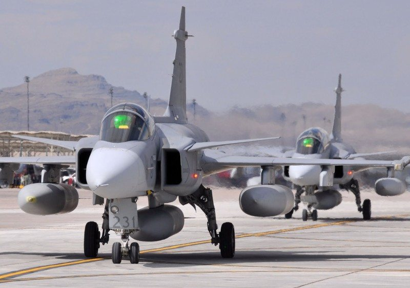 Swiss to get Swedish jets cheaper than...