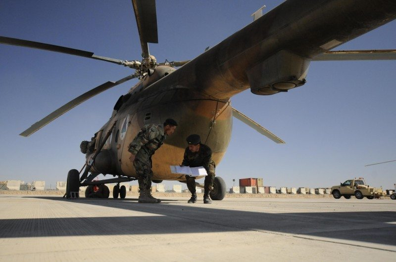 Afghans 'concerned' over airforce as N...