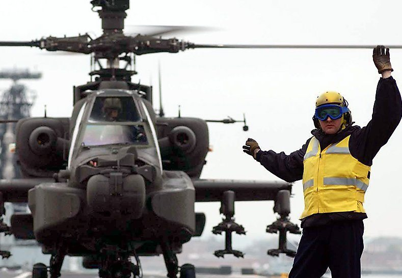 IAF selects Boeing's Apache Longbow co...
