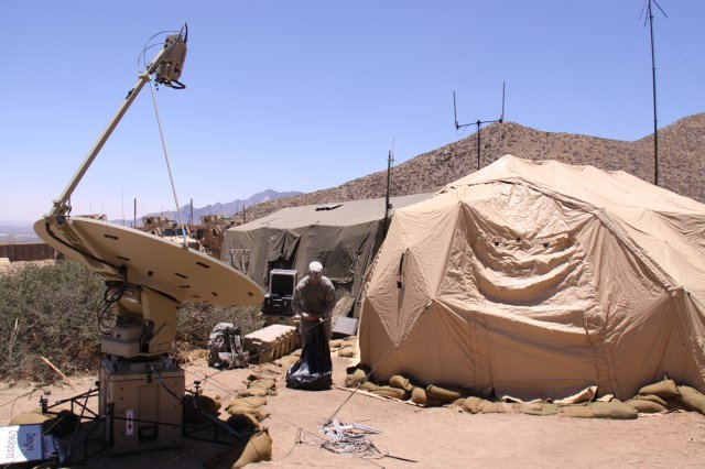 Army conducts large-scale network exer...