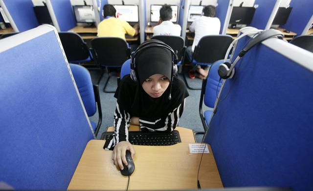 Hackers attack Malaysian government we...