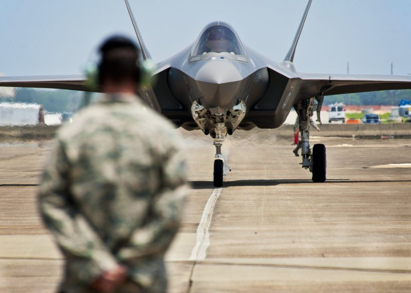 Lockheed Martin F-35 Flight Test Progr...