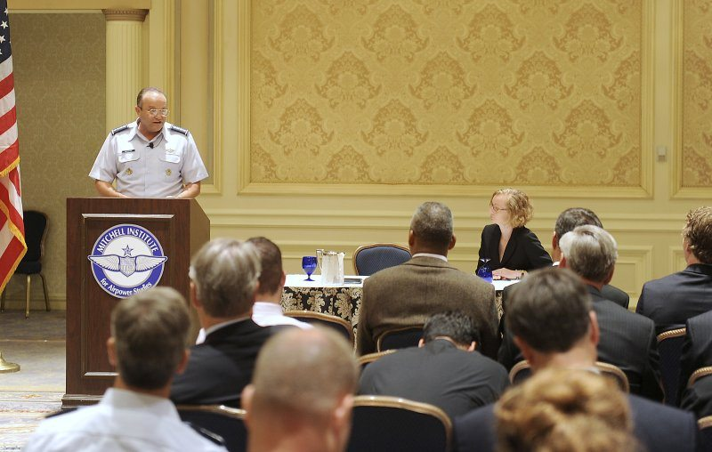Air Force, Navy team up for 21st Centu...