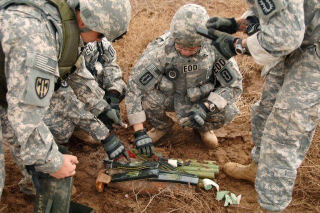Extremists use Iranian weapons, Iraq c...