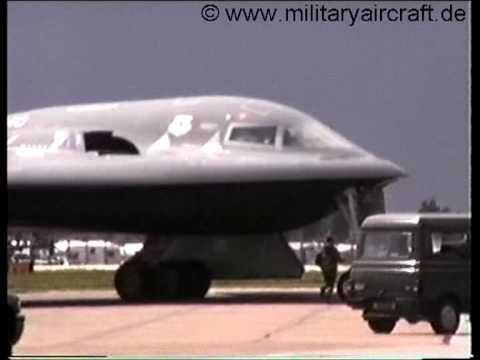 B-2 Spirit Stealth Bomber MilitaryAircraft.de