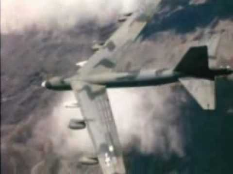B-52 Stratofortress – Carpet Bombing