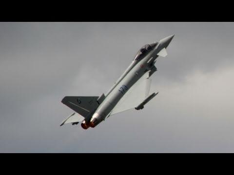 Eurofighter Typhoon Aerobatics – Airshow Le Bourget 2011