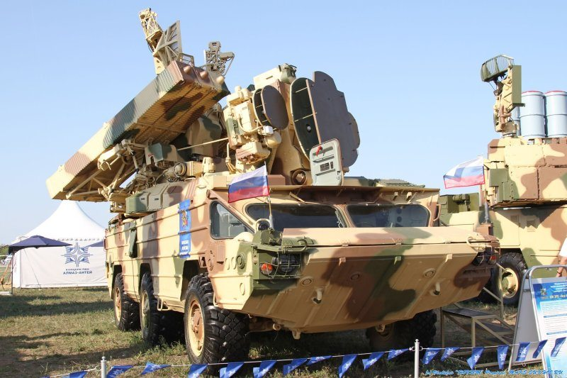 Russian Army to Switch to Wheeled Armo...