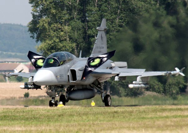 Swiss Gripen Fighter Aircraft Purchase Clears Hurdle In Parliament