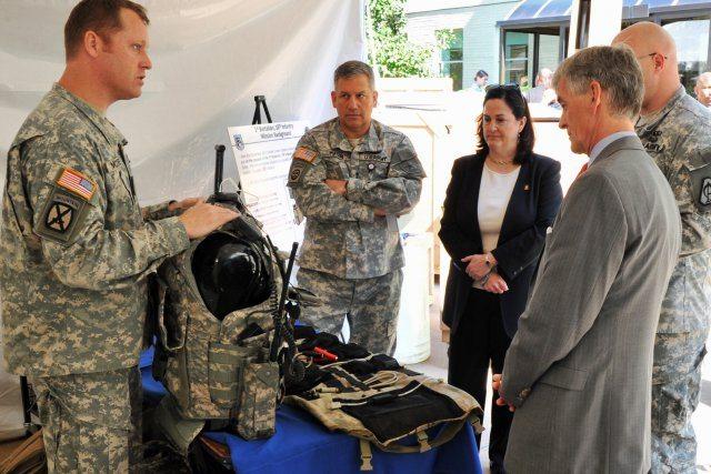 Pentagon fair spotlights energy-effici...