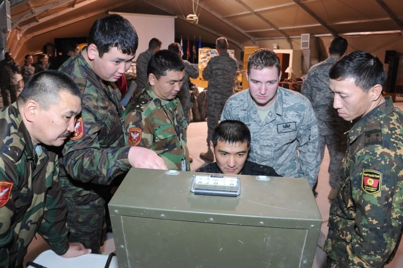 US, Kyrgyz officials participate in jo...