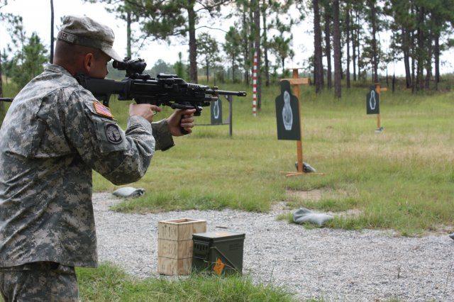 New light machine gun aims to 'SAW' So...