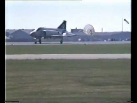 F14 Tomcat and RAF F4 Phantom – Mildenhall Air Fete – 24 May 1992