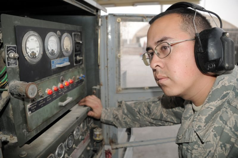 Air mobility maintainers help Air Forc...
