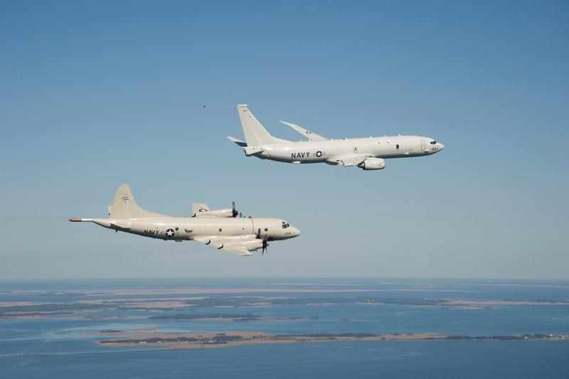 Navy Unveils First Fleet P-8A Poseidon...