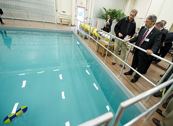Navy's New Robotics Lab Will Speed Tec...