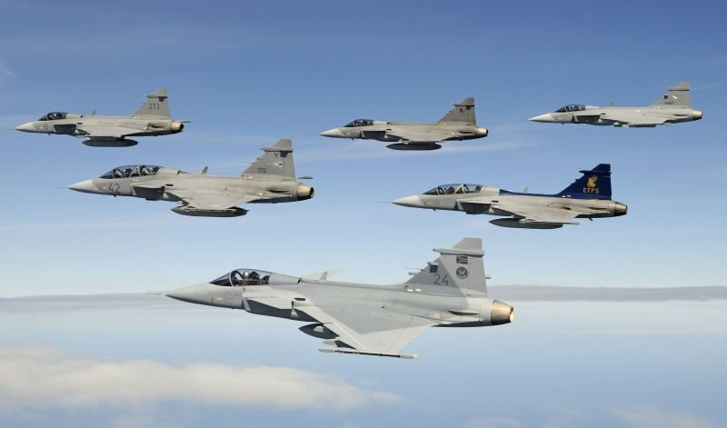 Multinational Gripens Fly Together