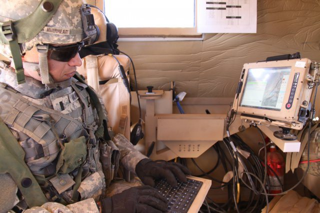 Army advances networking, force-tracki...