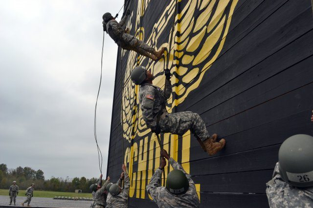 Air assault school helps shape Army's ...