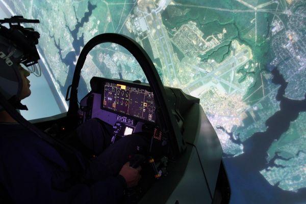 Lockheed Martin Completes F-35 Full Mi...