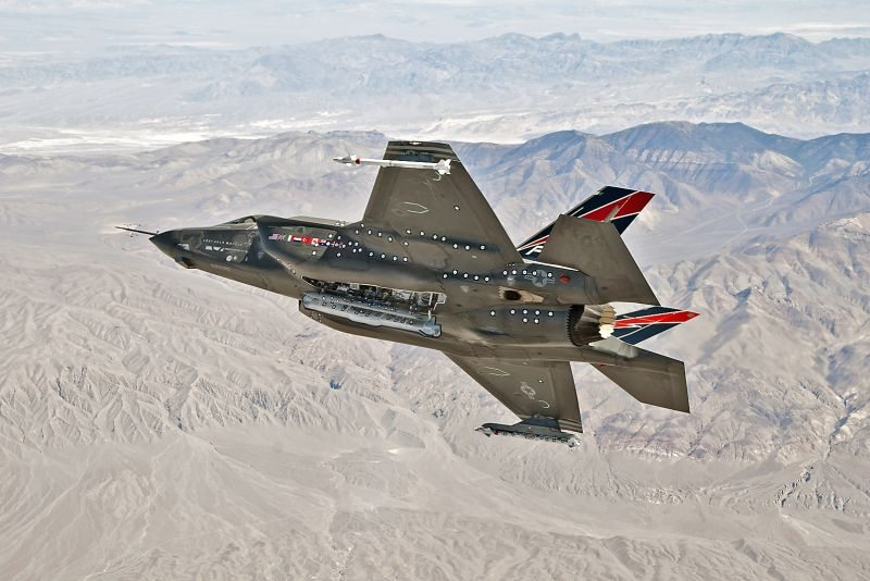 F-35 begins integration phase of weapo...