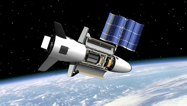 US Military Launches Mysterious Mini-Shuttle into Space