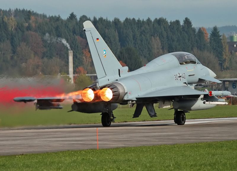 Eurofighter Typhoon Achieves 200,000 F...